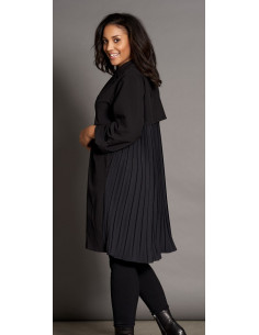 Studio S205815 Long plisse jacket
